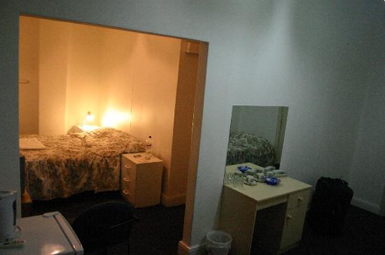 Plaza Hotel: chambre0