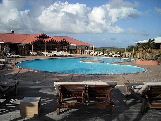 Le Vauclin, Martinica: Piscine, face à l'océan