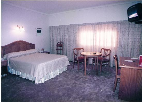 Libertador Hotel : ésta es la ahbitación que me ofrecieron por el mismo precio que las estándar