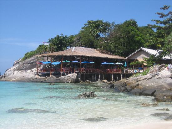 Naya Bungalow: ristorantino al porto