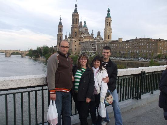 hotel plaza de zaragoza: