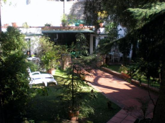 Caseron Porteno B&B: jardin