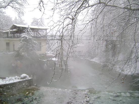 Aridaia, Hellas: Pozar hot springs, view from bridge