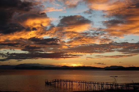 La Ensenada Lodge: Sunset over the gulf