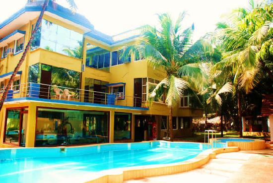 Royal Park Beach Resort: swim-pool