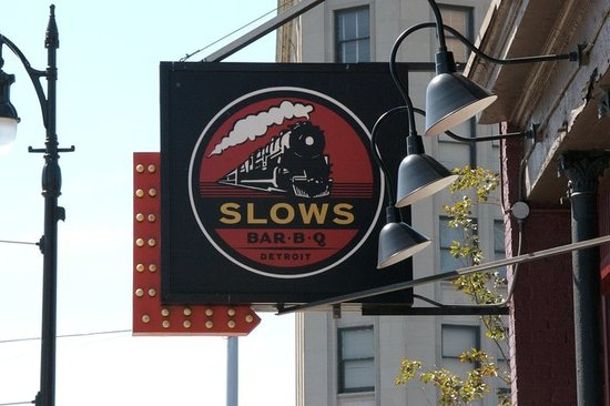 Slows Bar BQ : SLOWS SIGN