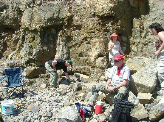 Herkimer Diamond Mines : Everyone having fun.