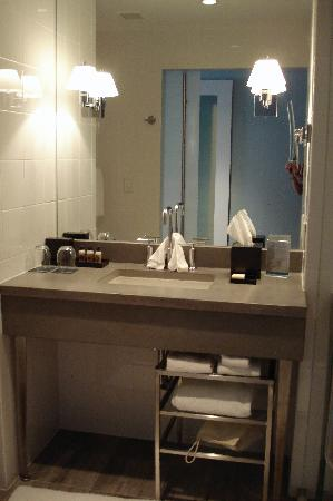 Kimpton Lorien Hotel Spa Bathroom Vanity