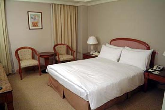 Dong Wu Hotel: slingle room
