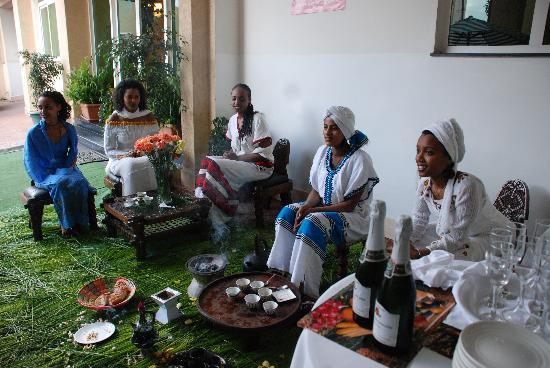 Adot-Tina Hotel: ceremonia del te