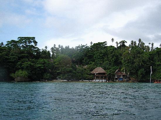 Bunaken Cha Cha Nature Resort: chachafront