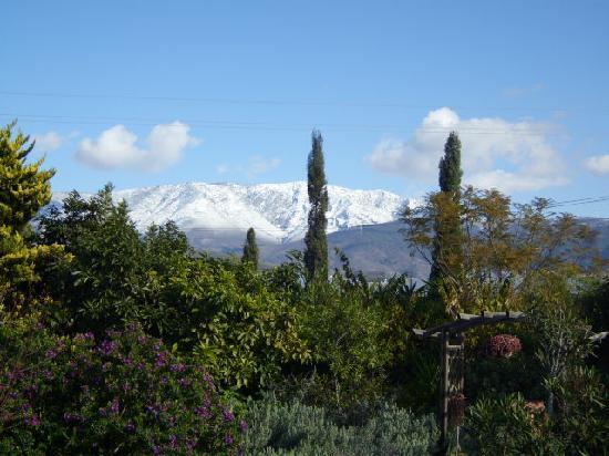 Motril, Spanje: Sierra Lújar, view from Cortijo Nuevo Gardens