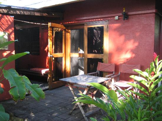 Mai Tai Resort: Patio of Room