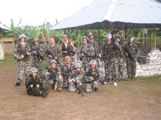 Jimbaran, Indonesien: The Game of Airsoft