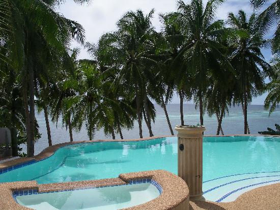 Anda White Beach Resort: The Pool
