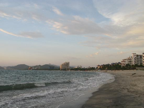 Zuana Beach Resort : View from hotel beach looking north along the coast