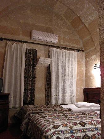 Burcu Kaya Hotel: Room Interior