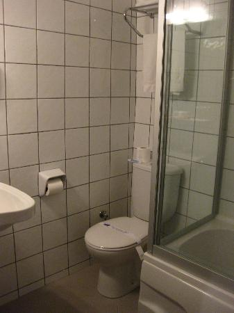 Burcu Kaya Hotel: Toilet Interior I
