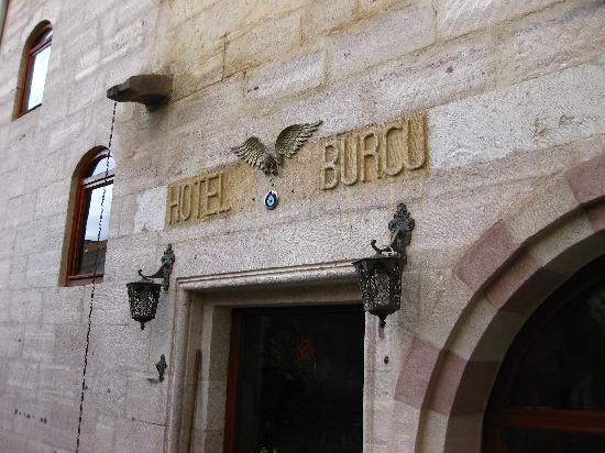 Burcu Kaya Hotel: Interesting facade