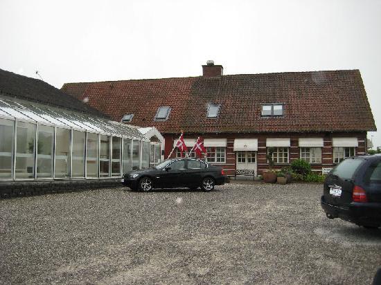 Horning Kro og Hotel: Main entrance