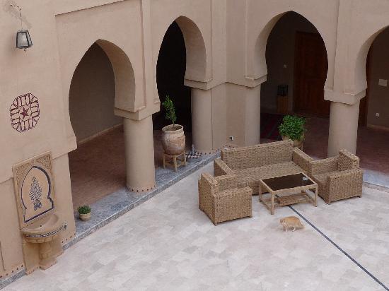 Hotel Ksar Assalassil: Patio