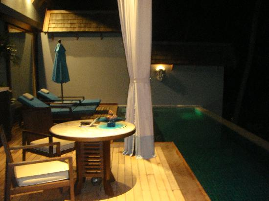 Four Seasons Resort Koh Samui Thailand: Villa at night