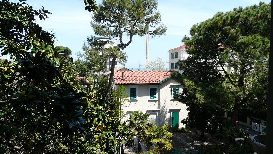 Hotel Embassy: Vista dalla camera