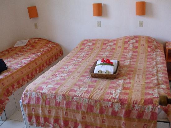 Hotel Villa Creole: welcoming bedroom