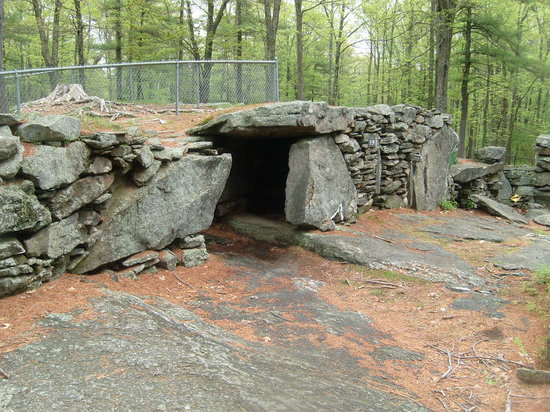 Salem, Nueva Hampshire: A dolmen
