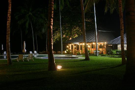 Bahay Bakasyunan Sa Camiguin: night shot