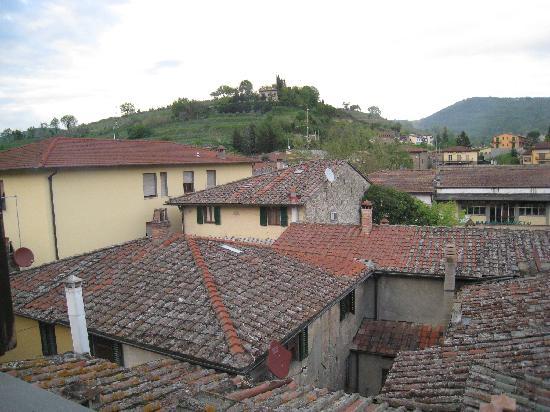 Albergo Giovanni da Verrazzano : View from our window