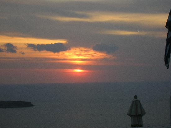 Kamari, Greece: Sunset in Oia