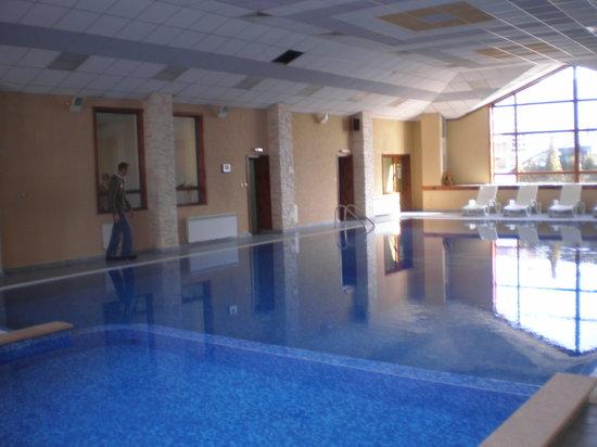 Evelina Palace: pool