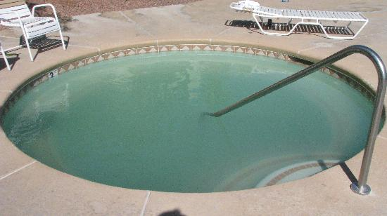 Hot Tub at Siena Suites after cleaning