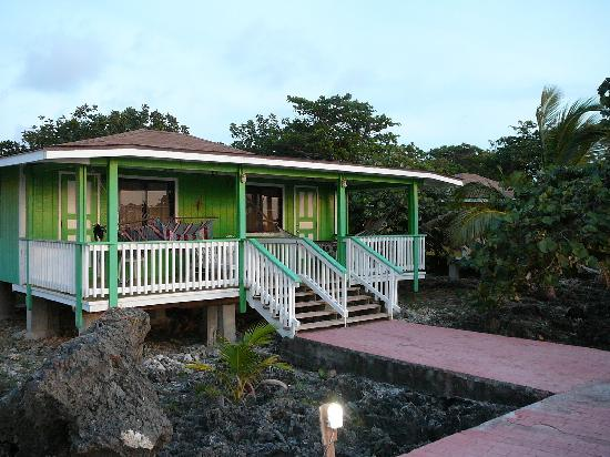Seagrape Plantation Resort: The tropical bungalow we stayed in, overlooking the Carribean Sea