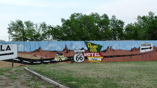 Desert Hills Motel: Billboard