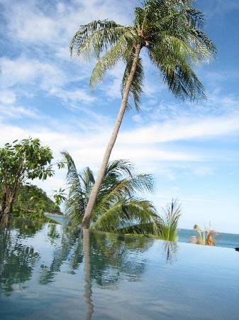 Anantara Rasananda Koh Phangan Villas: View from beach front villa