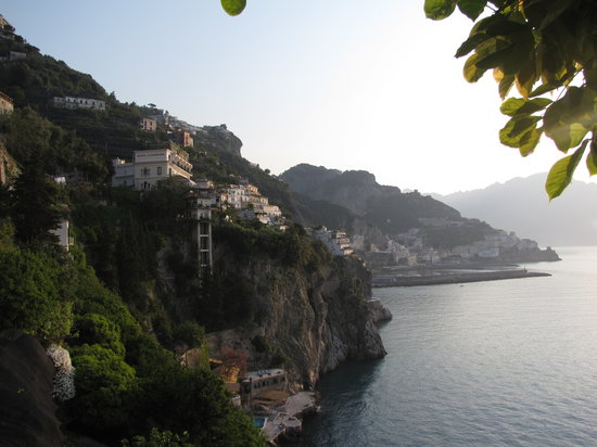 Costa de Amalfi, Italia: View from the hotel room