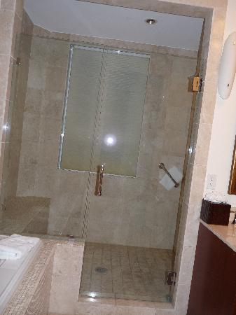 Seven Stars Resort & Spa : überdimensionale Dusche