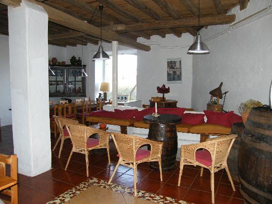 Quinta da Cerejeira: Indoor common area