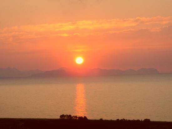 Hotel Club Costa Verde : un coucher de soleil depuis la chambre