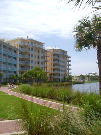 Carillon Beach