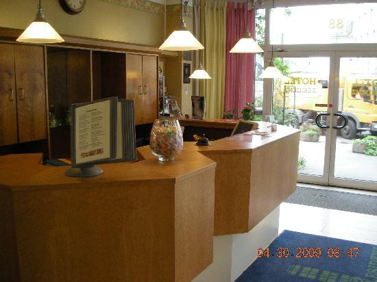 Residenz Duesseldorf Hotel: Reception