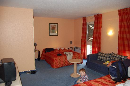 hotel la rochelle chambre familiale - la chambre familiale photo de hotel crystal erstein