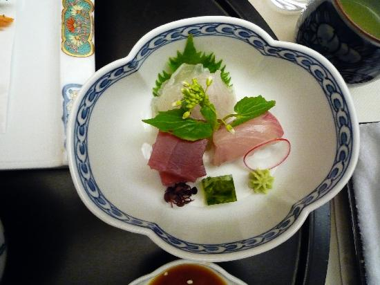 Hakone Yunohana Prince Hotel: sashimi