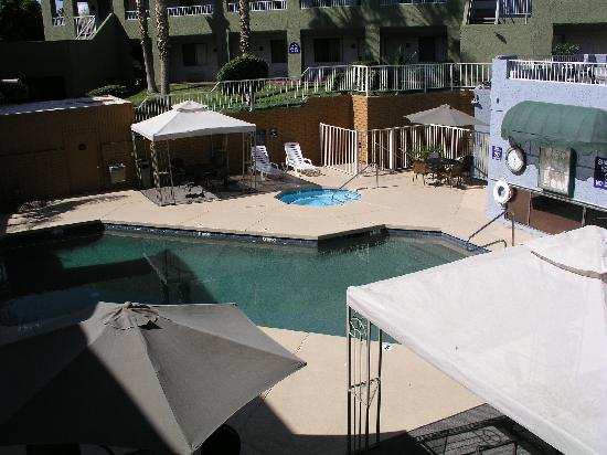 Best Western InnSuites Yuma Mall Hotel & Suites: pool