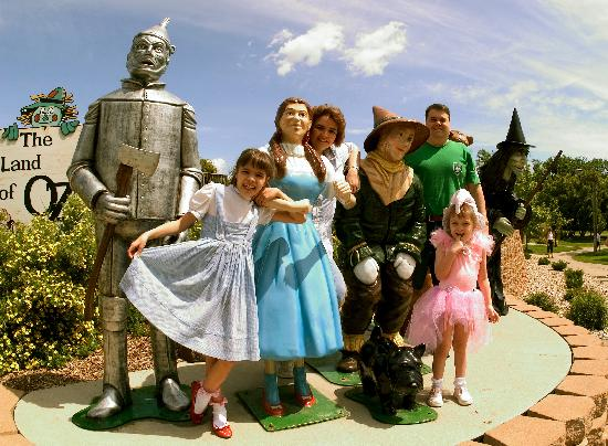 Land of Oz- Awesome displays complete with a haunted forest and a yellow brick road.