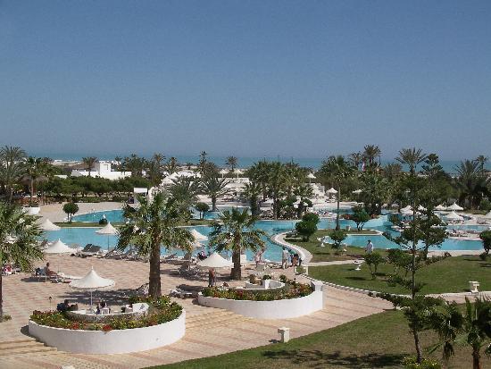 Djerba Plaza Hotel & Spa : Piscine