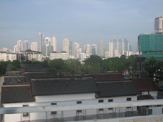 HI-Sukhumvit: View of Bangkok from roof top