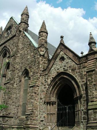 First Unitarian Church of Philadelphia: First Unitarian Church on Chestnut St ~ Peaks